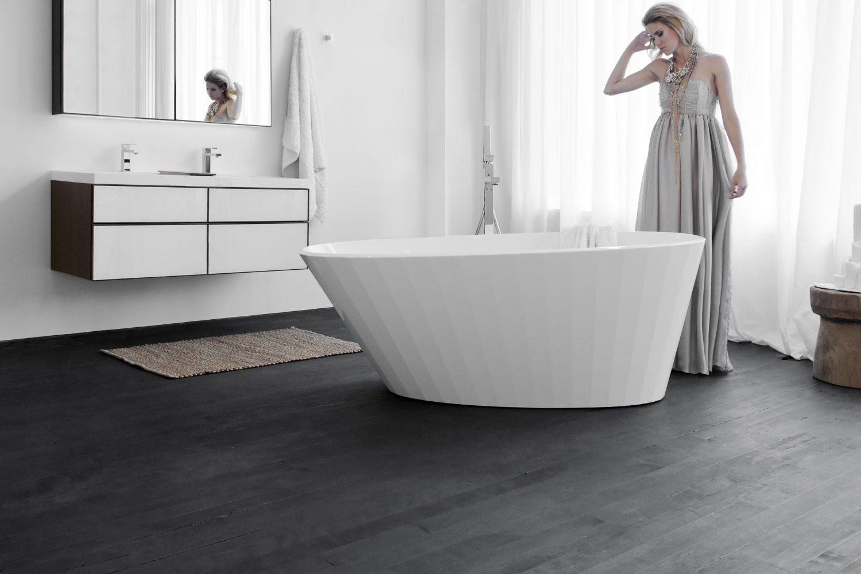 couture bathtub